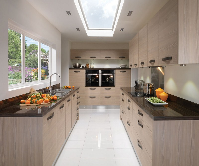 Contemporary Kitchen Vs Modern Kitchen: Modern Wood Grain Kitchens